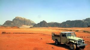 wadi-rum-tour-and-camp